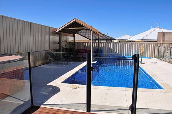 Pool Safety Fences - Keeping Your Summer Safe 3 - Semi-Frameless Pool Fencing