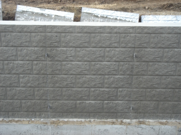 A Perfect Guide To Build A Concrete Fence 1